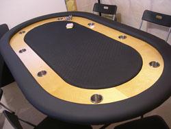 Whisper Vinyl Table
